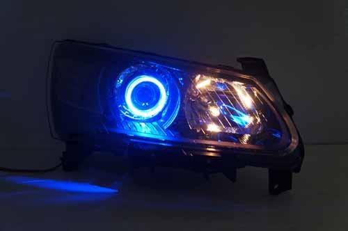 吉利帝豪ec7大灯改装 双光透镜天使眼日行灯带转向灯